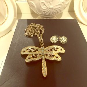 Ladies Dragonfly Necklace and Earring Set